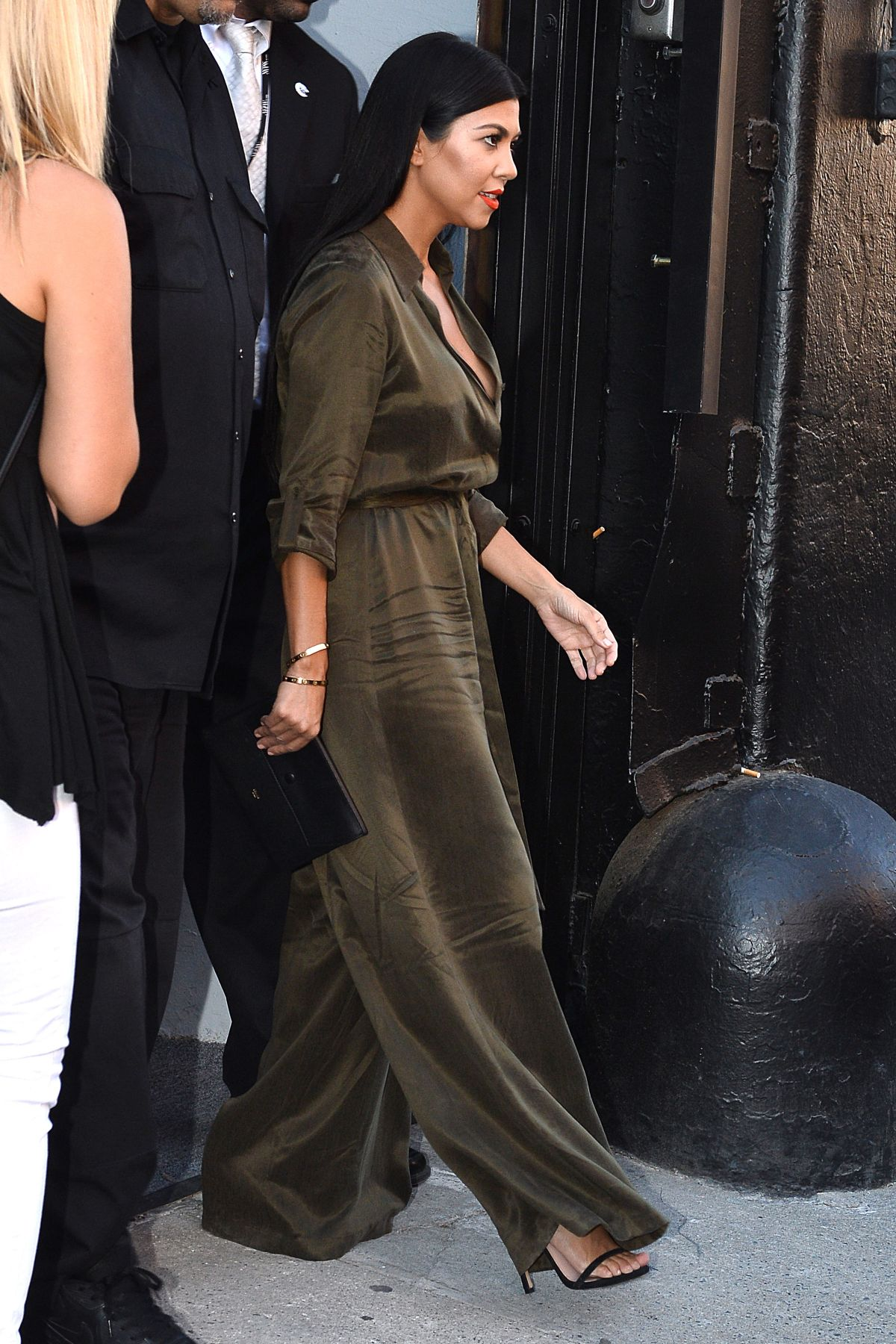 Kourtney Kardashian At Alice Olivia By Stacey Bendet Fashion Show In New York 09 15 2015