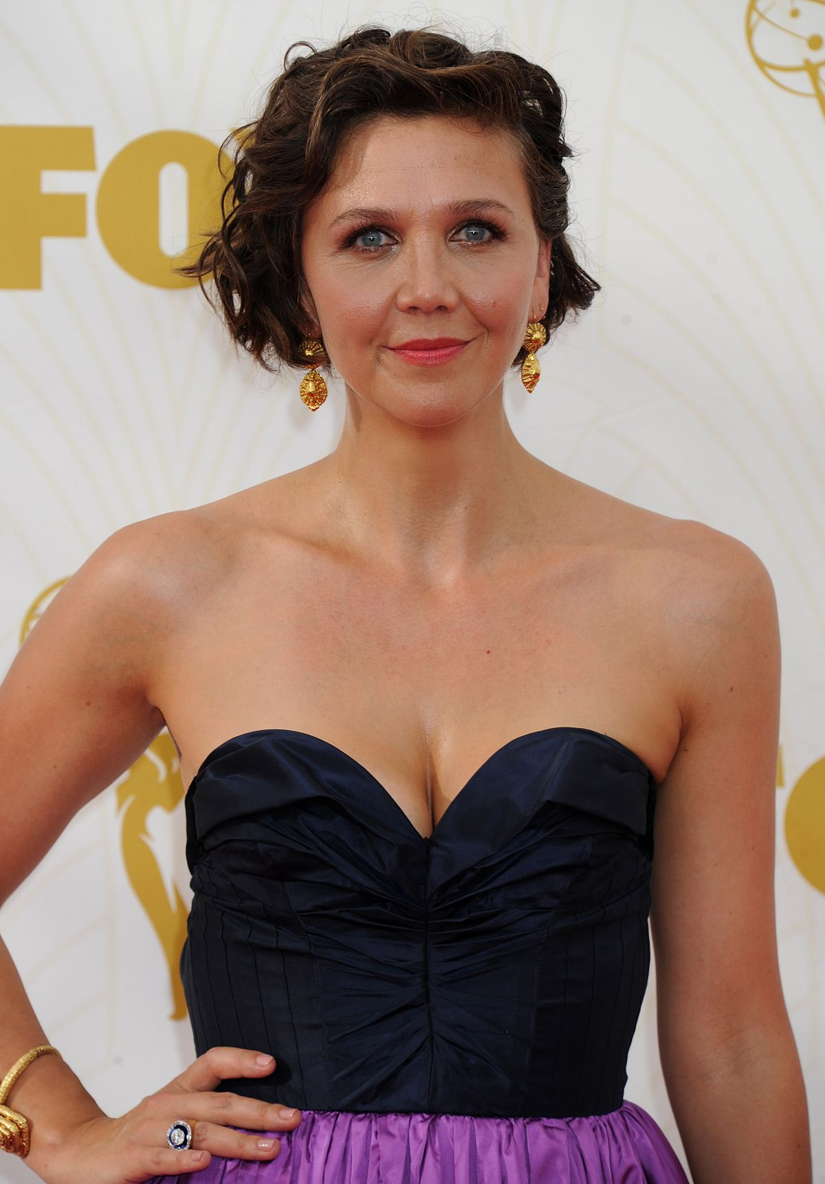 MAGGIE GYLLENHAAL at 2015 Emmy Awards in Los Angeles 09/20/2015