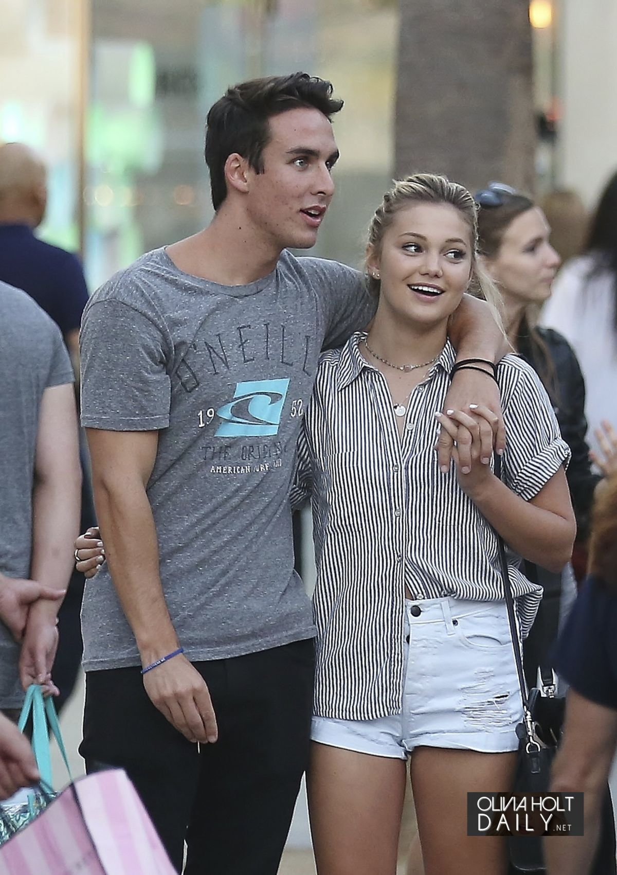 OLIVIA HOLT with Her Boyfriend Out in Santa Monica 09/05