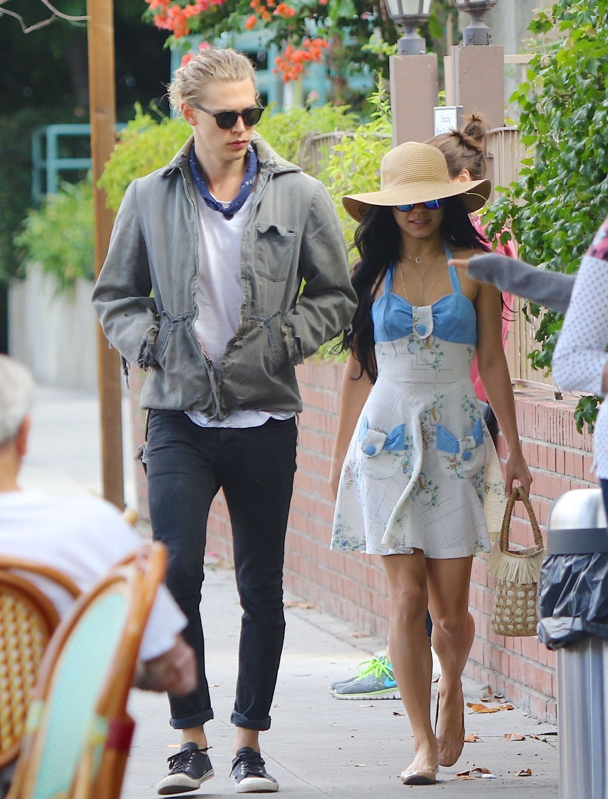 Sorry, that Vanessa hudgens and austin butler congratulate, simply