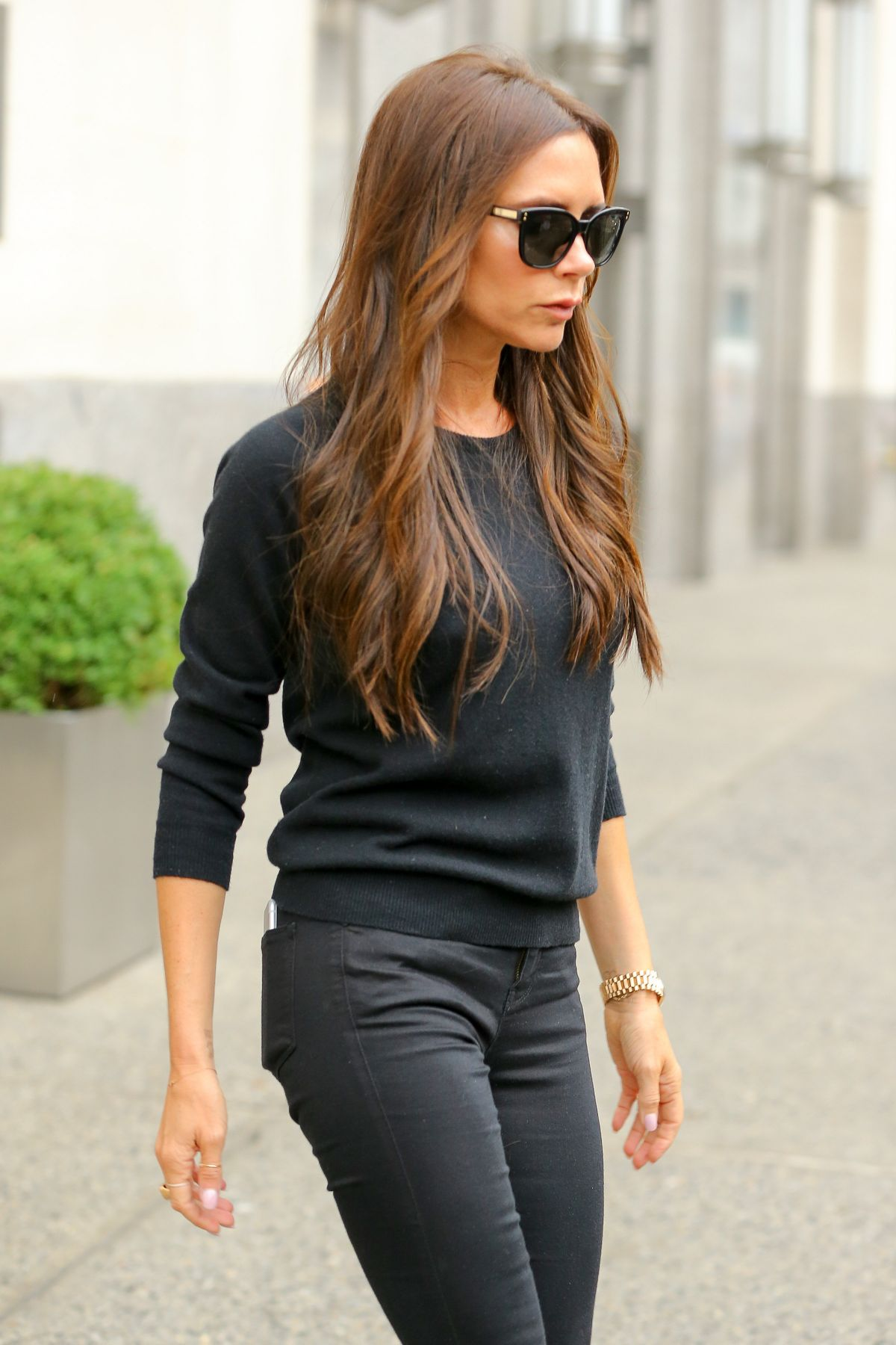 VICTORIA BECKHAM Out and About New York 09/10/2015 - HawtCelebs ... Victoria Beckham