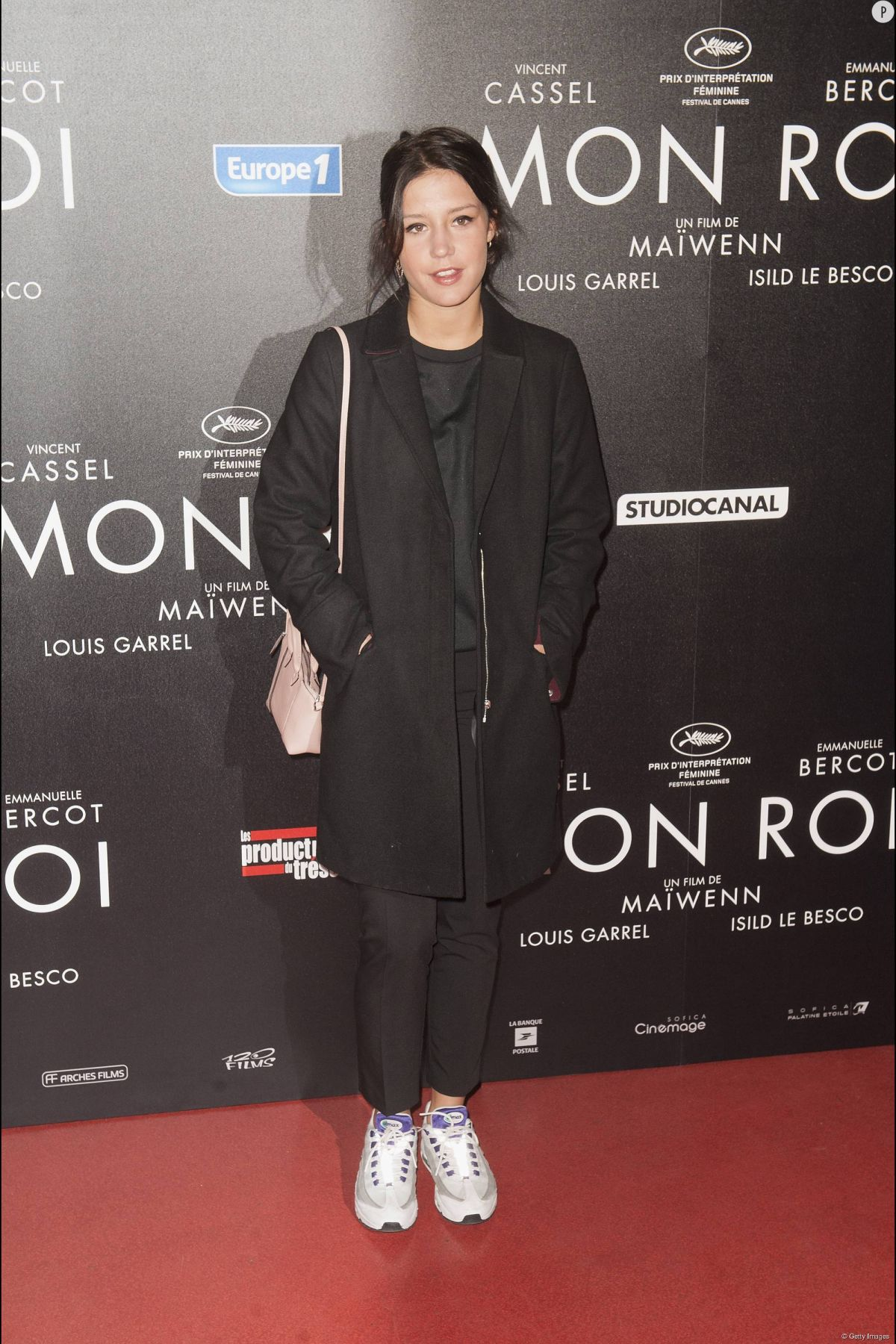 ADELE EXARCHOPOULOS at Mon Roi Premiere in Paris 10/12/2015