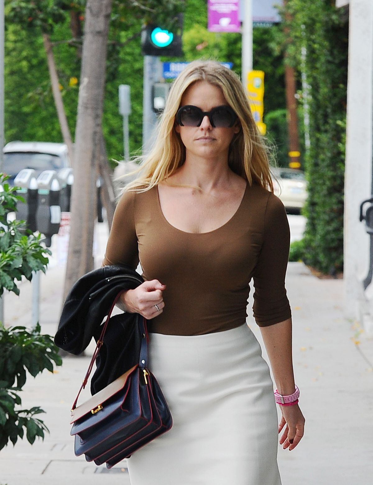 Paparazzi Alice Eve naked (75 photo), Topless, Hot, Boobs, braless 2019