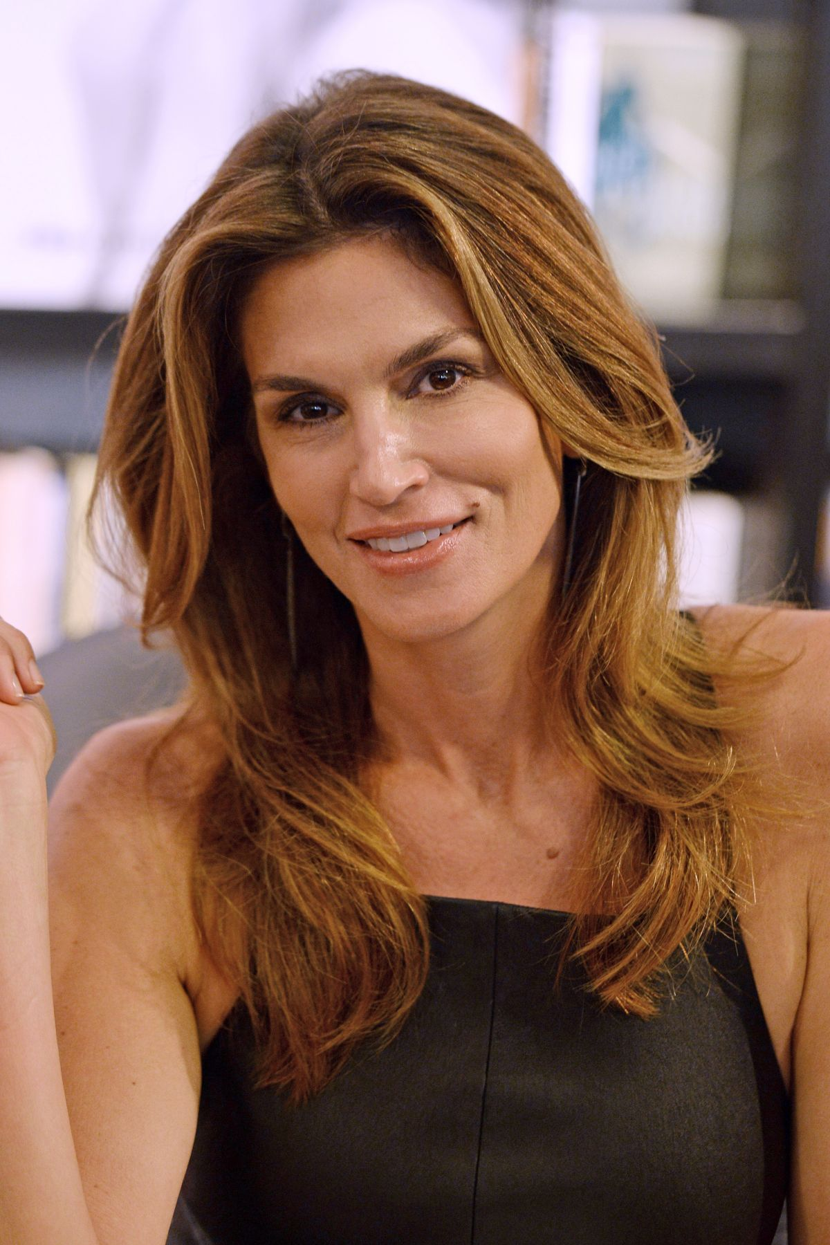 Cindy Crawford S Daughter Talks: CINDY CRAWFORD At Book Signing In Bal Harbour 10/06/2015
