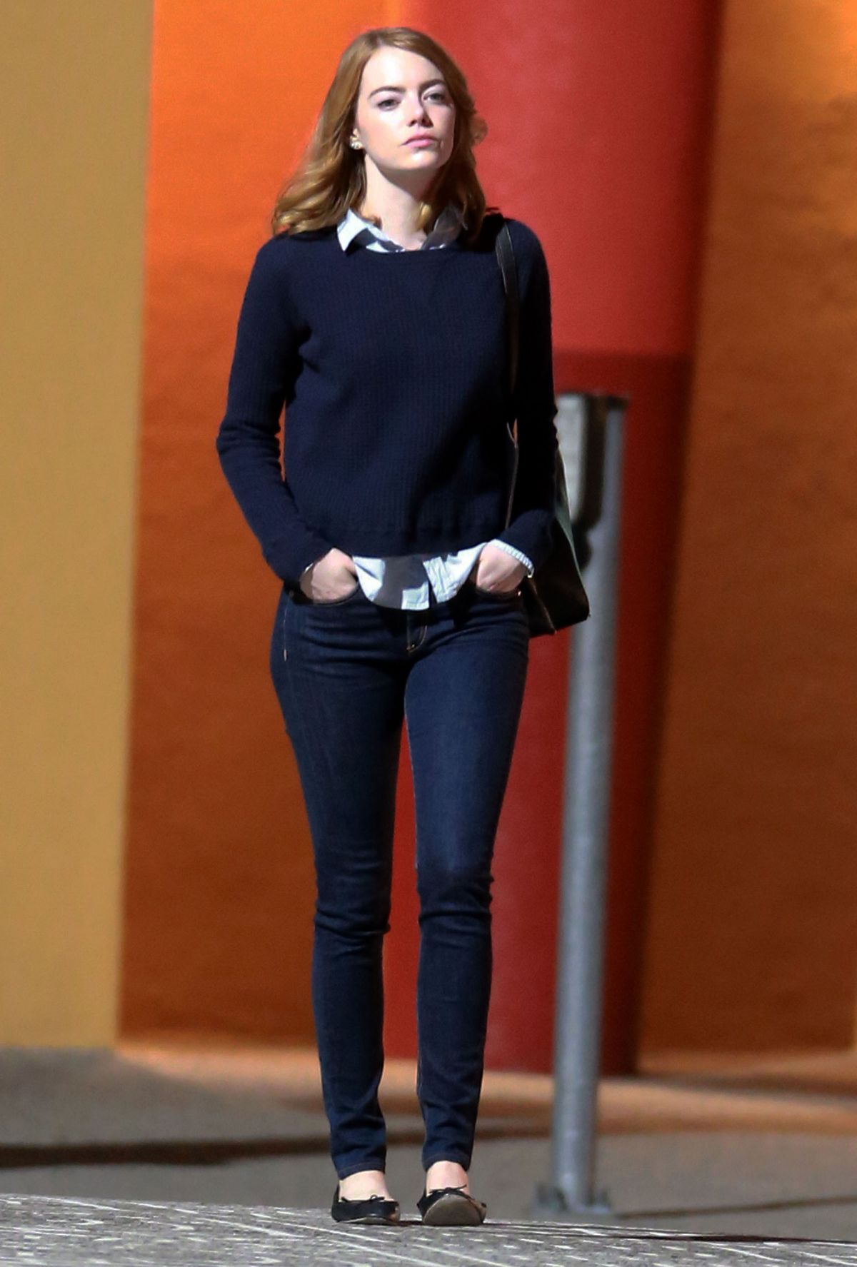 http://www.hawtcelebs.com/wp-content/uploads/2015/10/emma-stone-at-la-la-land-set-in-los-angeles-10-07-2015_7.jpg
