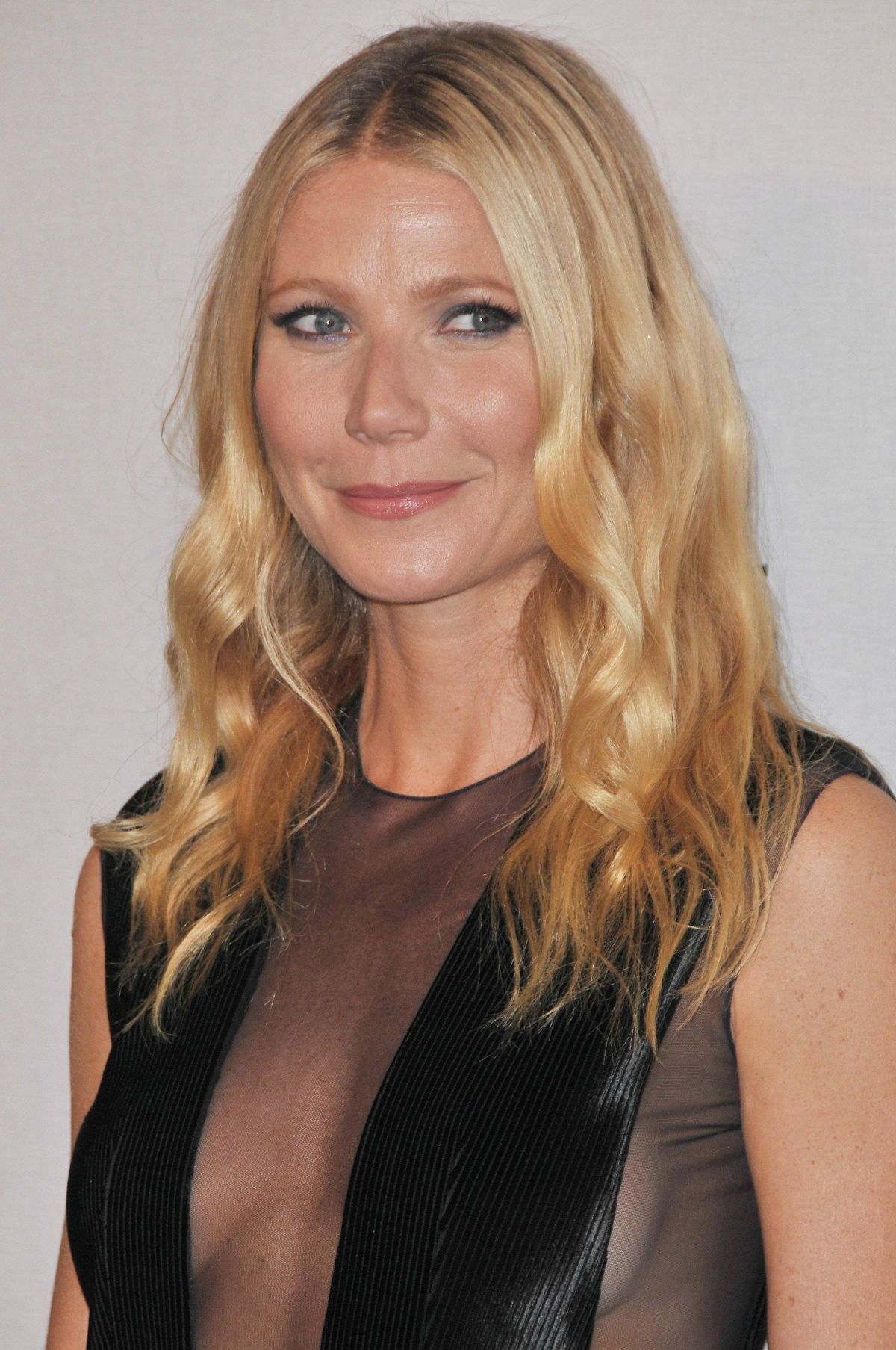 GWYNETH PALTROW at Celebration of an Icon Global Event in Los Angeles 10/13/2015