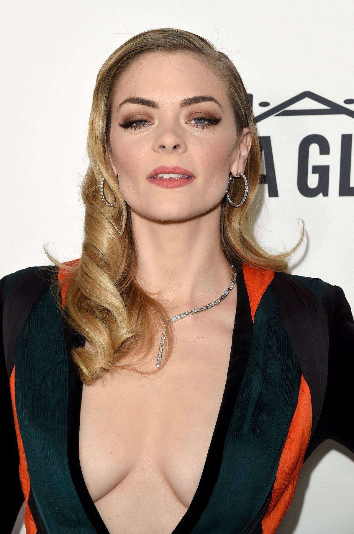 Jaime King 2017 Hair Eyes Feet Legs Style Weight