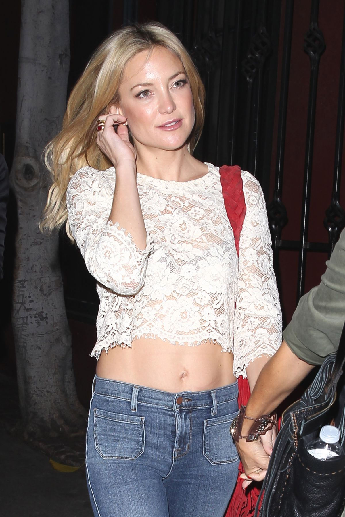 KATE HUDSON Night Out in Los Angeles 10/29/2015 - HawtCelebs ... Kate Hudson