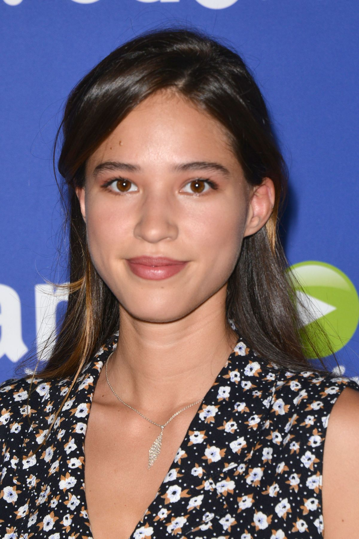 KELSEY CHOW at Just Jared Fall Fun Day in Los Angeles 10/24/2015