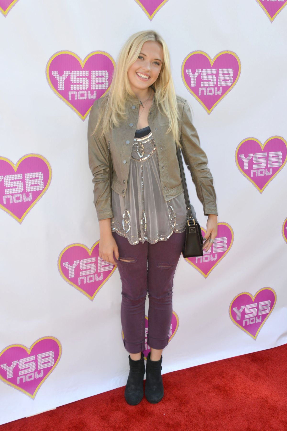 LAUREN TAYLOR at ysbnow Launch Party in Los Angeles 10/17/2015