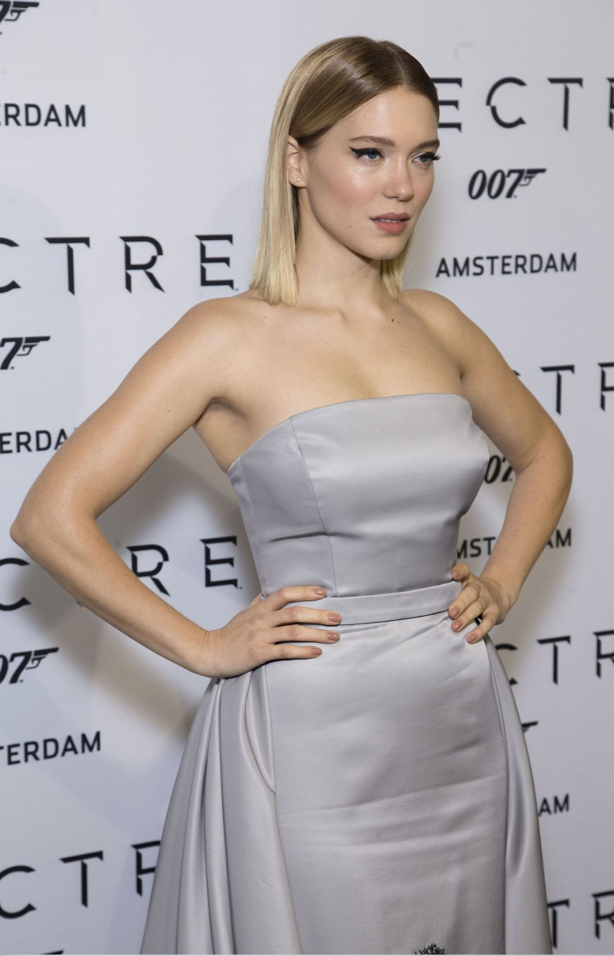 Lea Seydoux In Elle Magazine France February 2014 Issue: LEA SEYDOUX At Spectre Premiere In Amsterdam 10/27/2015