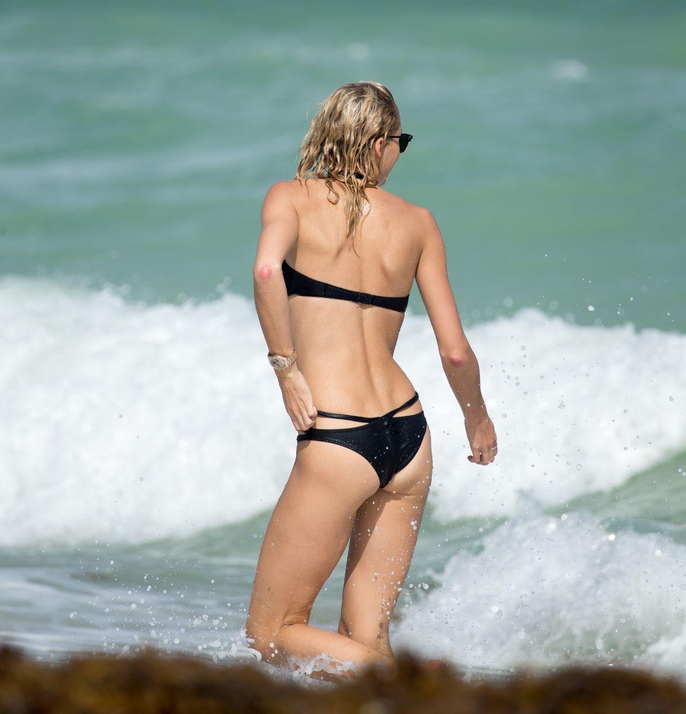 Lena Gerke Bikini