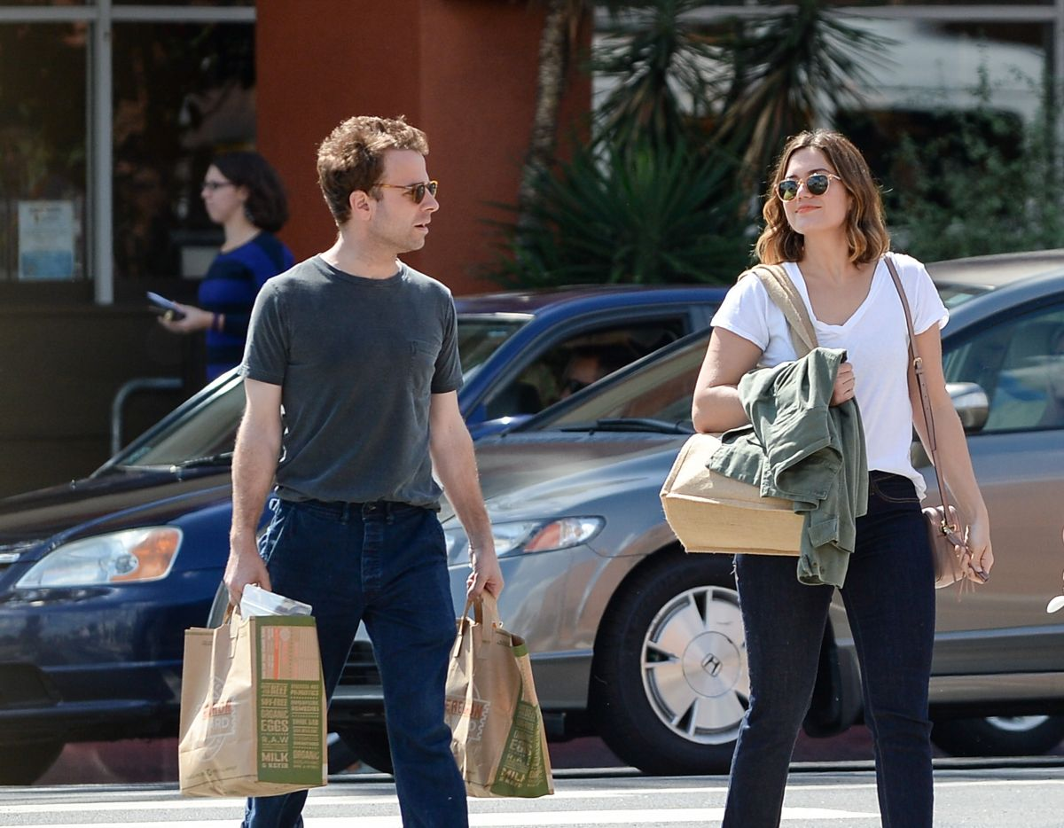 mandy moore and taylor goldsmith leaves a medical spa in
