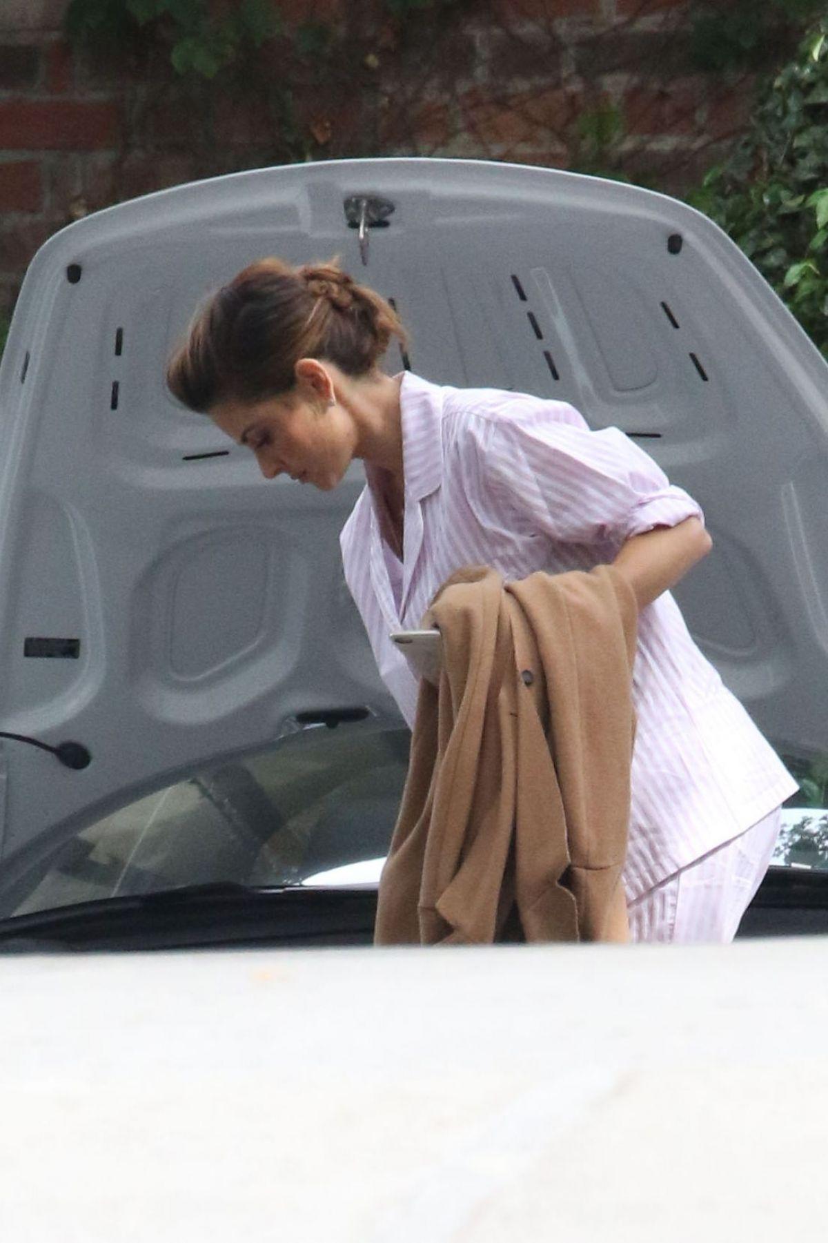 MARIA MENOUNOS Arrives at Kim Kardashian s Baby Shower in Beverly