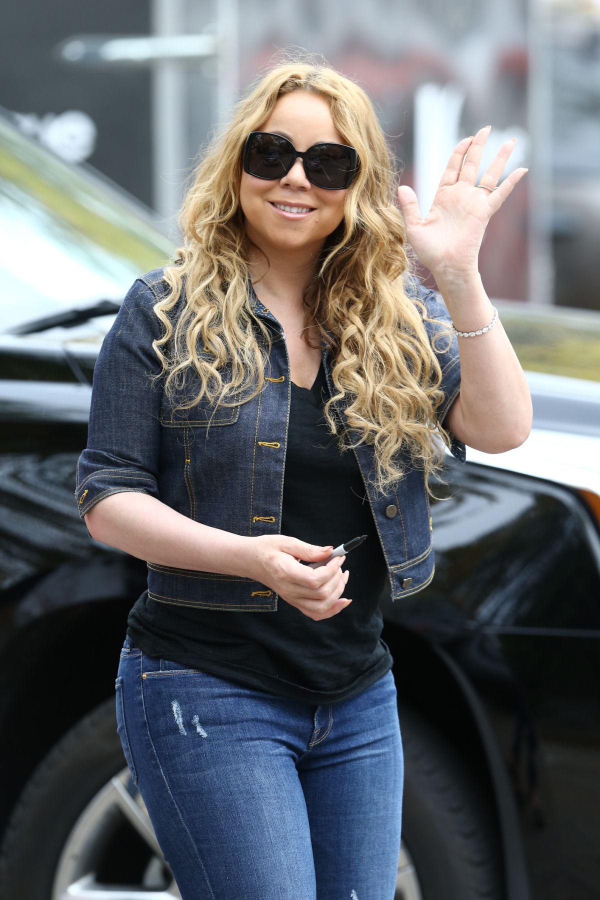 MARIAH CAREY Makes Her Directorial Debut for the Hallmark ...