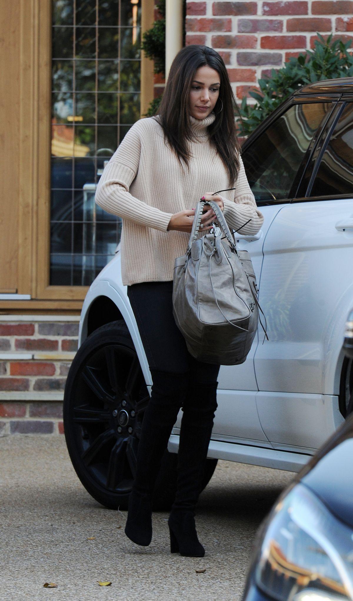 MICHELLE KEEGAN Leaves Her Home in Essex 10/12/2015 ...