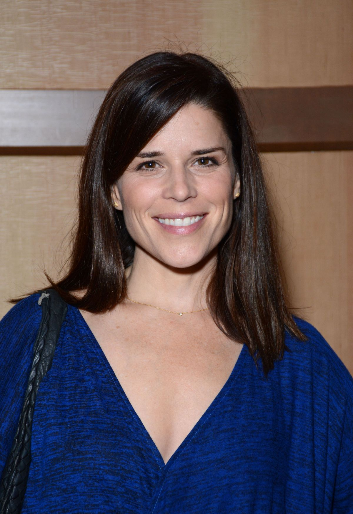 NEVE CAMPBELL at Spooky Empire Ultimate Halloween in Orlando 10/30/2015