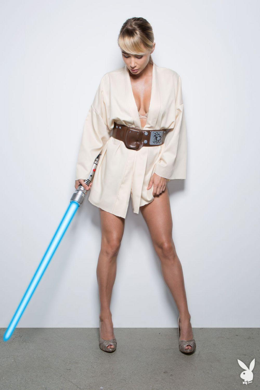 SARA JEAN UNDERWOOD - Star Wars Play Boy Photoshoot - HawtCelebs ...