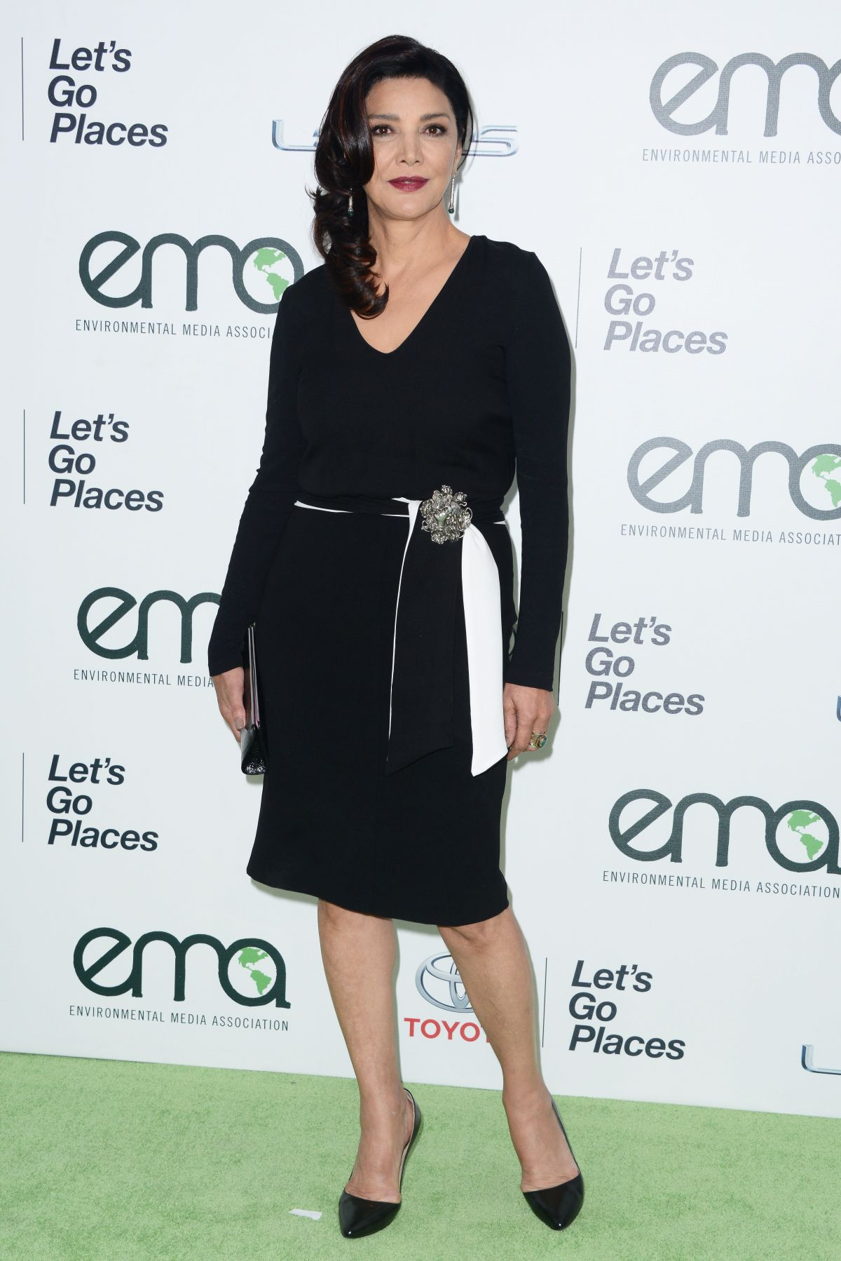 SHOHREH AGHDASHLOO at 2015 EMA Awards in Burbank 10/24/2015