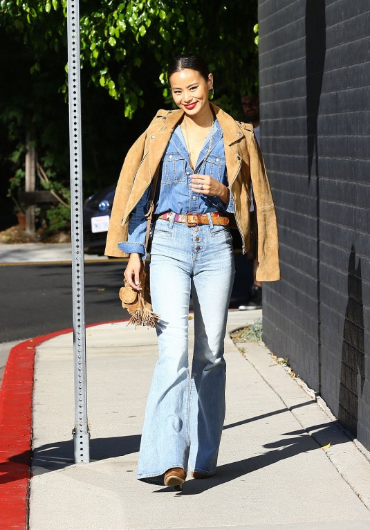 JAMIE-CHUNG-in-Jeans-Out-and-About-in-Beverly-Hills-6