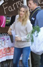 ALICIA SILVERSTONE Shopping at Farmers Market in Studio City 11/08/2015