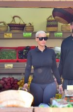 AMBER ROSE Shopping at Underwood Family Farms in Los Angeles 10/28/2015
