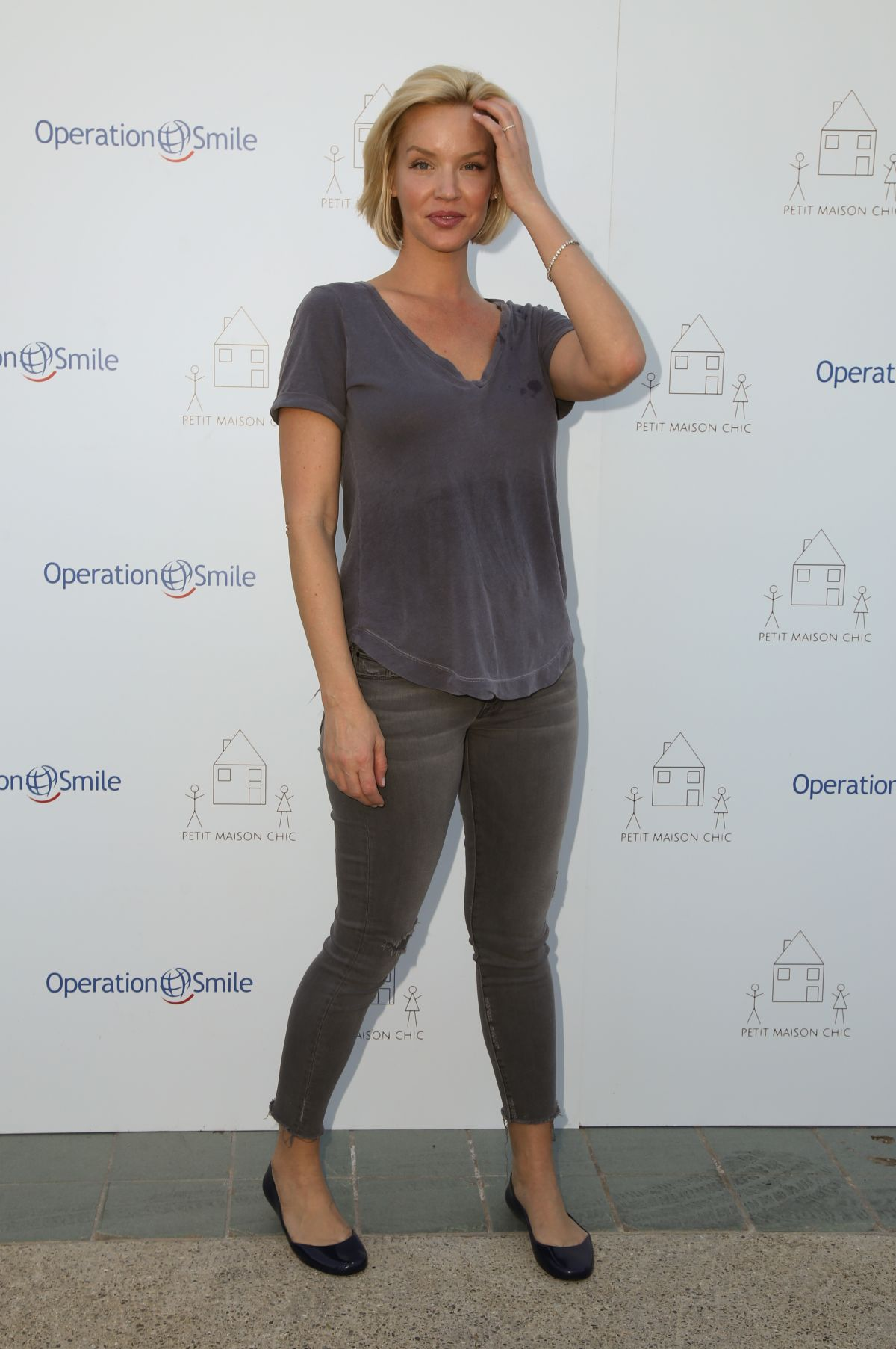 Ashley Scott ashley scott at petit maison chic fashion show in beverly ... Quotes About Hope And Love