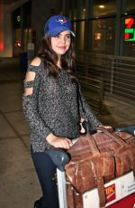 BAILEE MADISON at Pearson International Airport in Toronto 11/02/2015