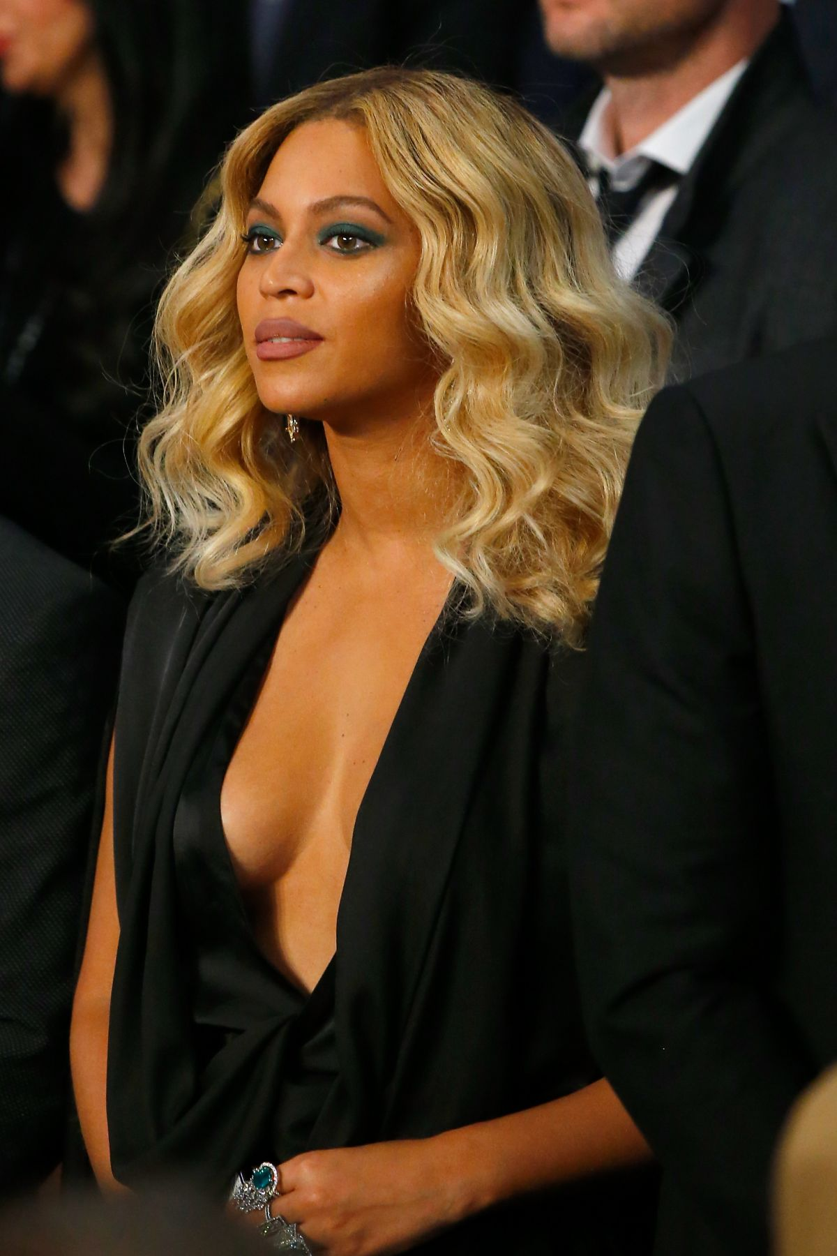 BEYONCE At Cotto Vs Canelo Fight In Las Vegas 11 21 2015