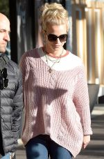 BRITNEY SPEARS Shopping at Advanced Optometrics in Westlake Village 11/17/2015