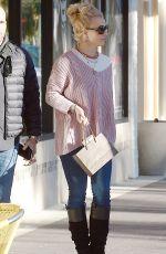BRITNEY SPEARS Shopping at Advanced Optometrics in Westlake Village 11/17/2015