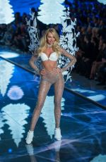 CANDICE SWANEPOEL at Victoria's Secret 2015 Fashion Show in New York 11/10/2015