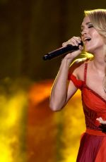 CARRIE UNDERWOOD Performs at American Music Awards 2015 11/22/2015