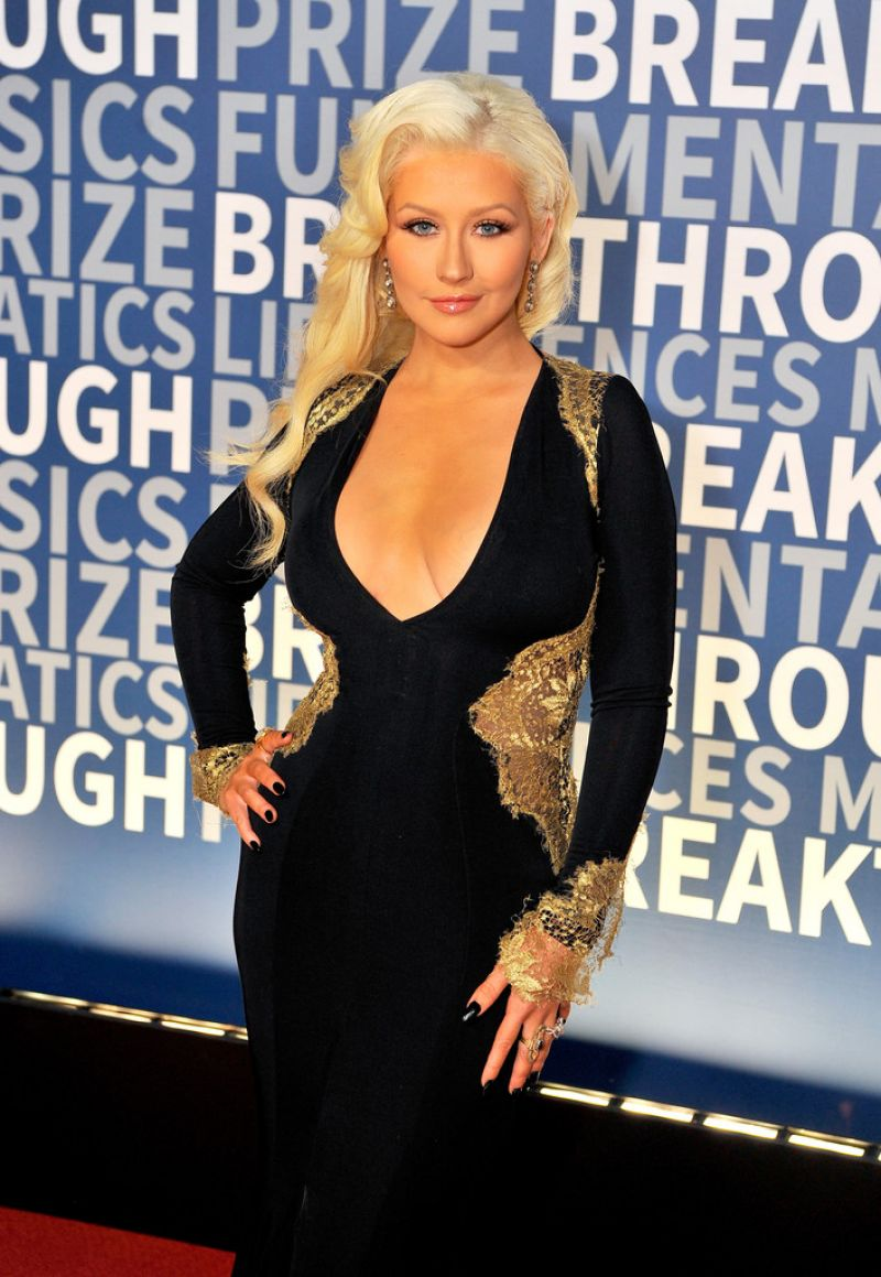 CHRISTINA AGUILERA at 2016 Breakthrough Prize Ceremony in Mountain View 11/08/2015
