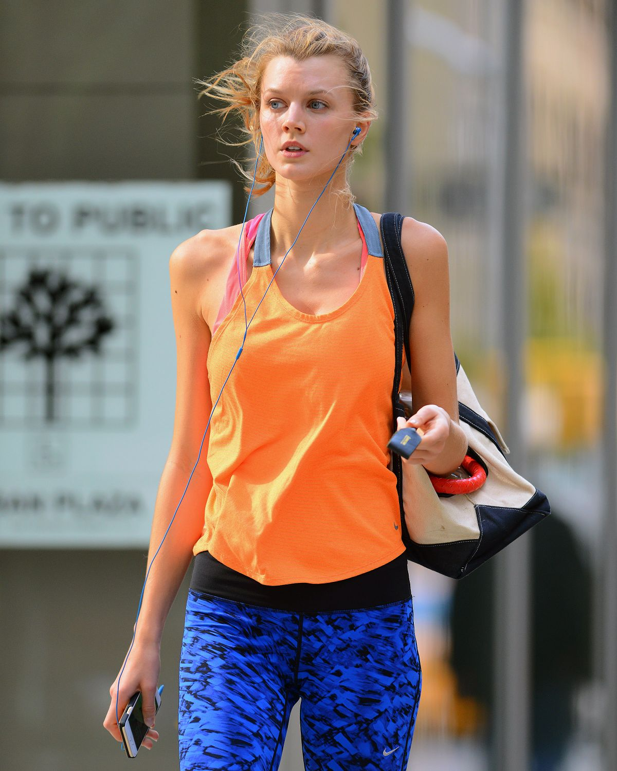 CONSTANCE JABLONSKI in Leggings Leaves a Gym in New York 10/29/2015