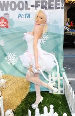 COURTNEY STODDEN at Peta