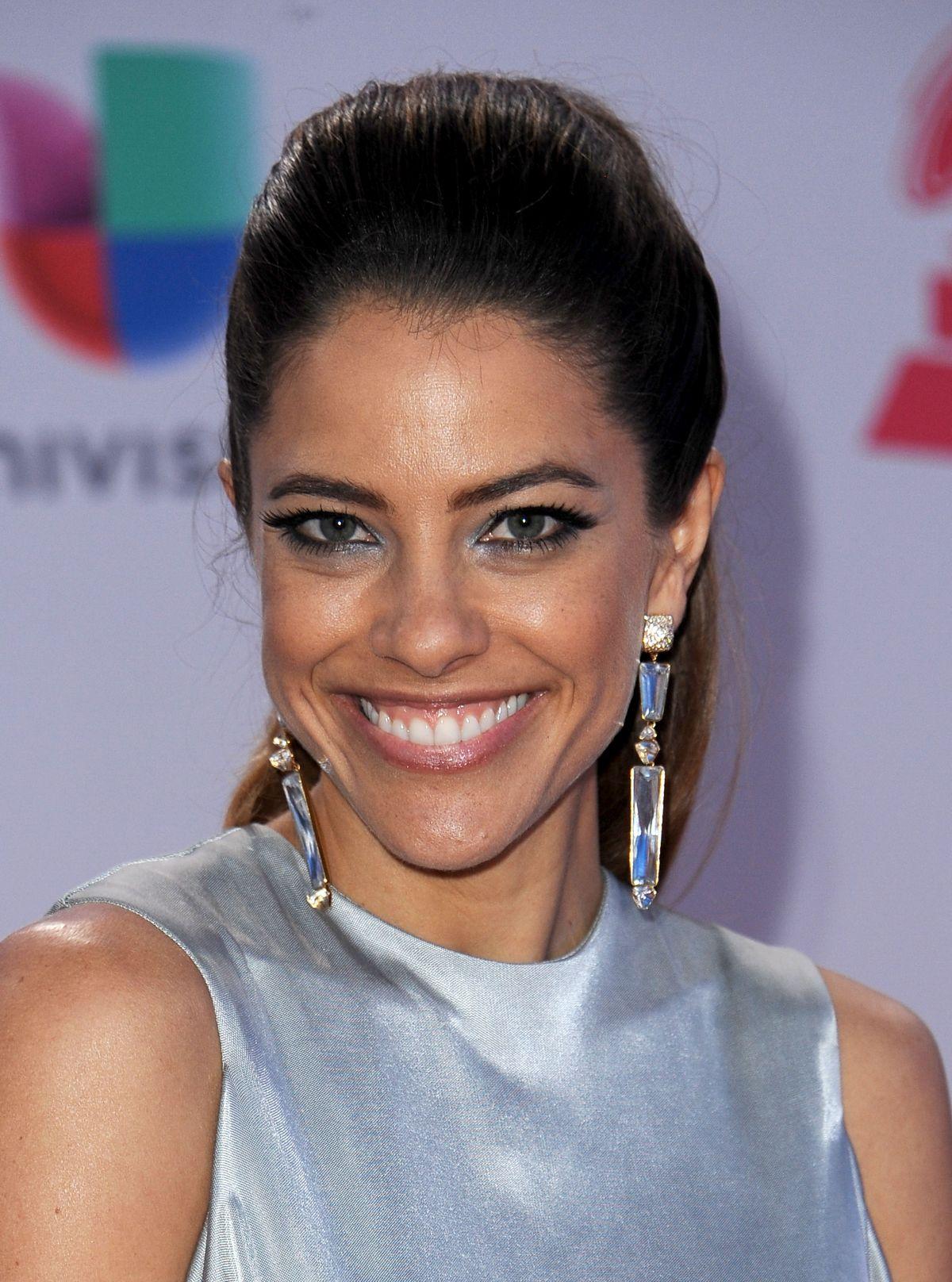 DEBI NOVA at 2015 Latin Grammy Awards in Las Vegas 11/18/2015