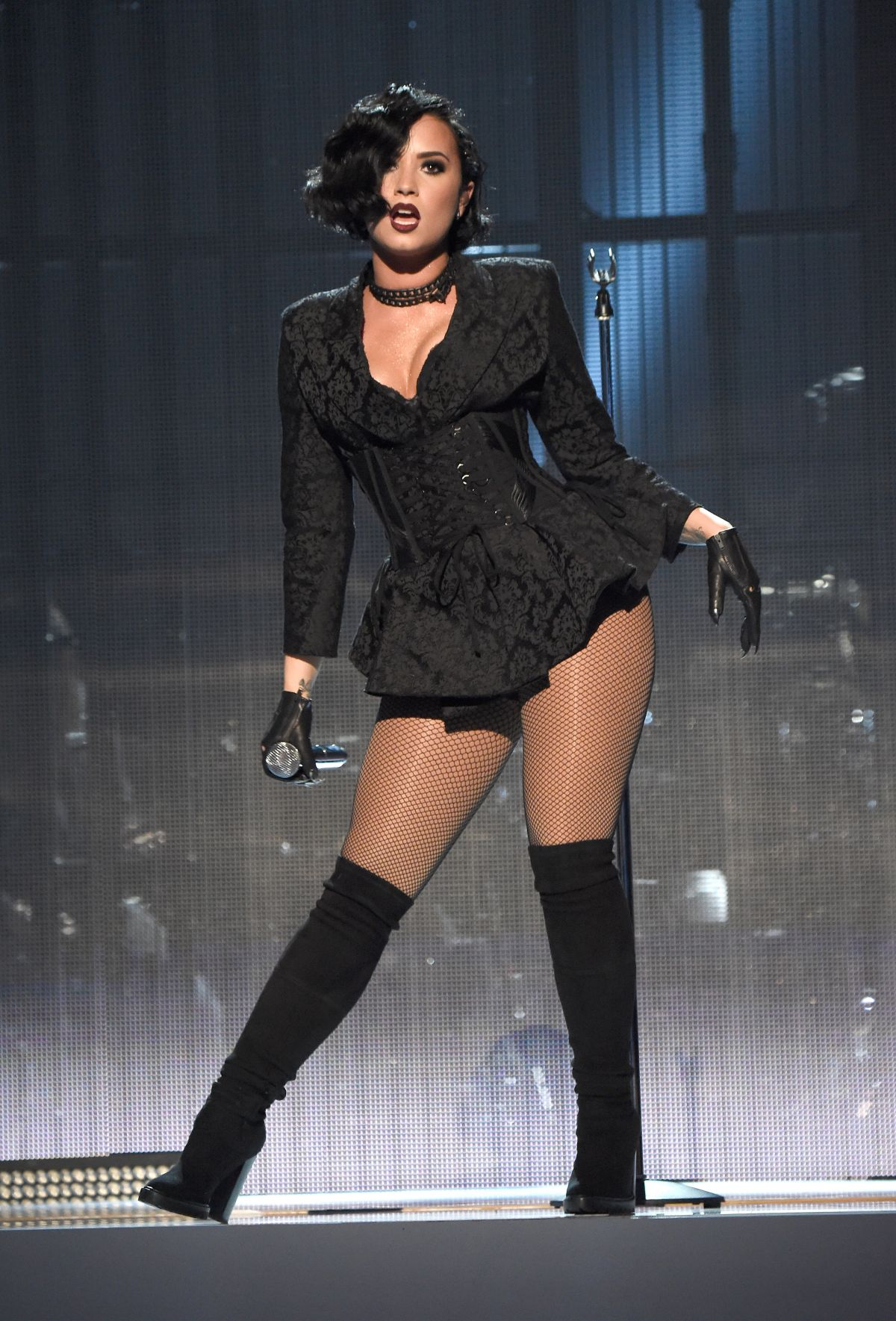 DEMI LOVATO Performs at American Music Awards 2015 11/22/2015