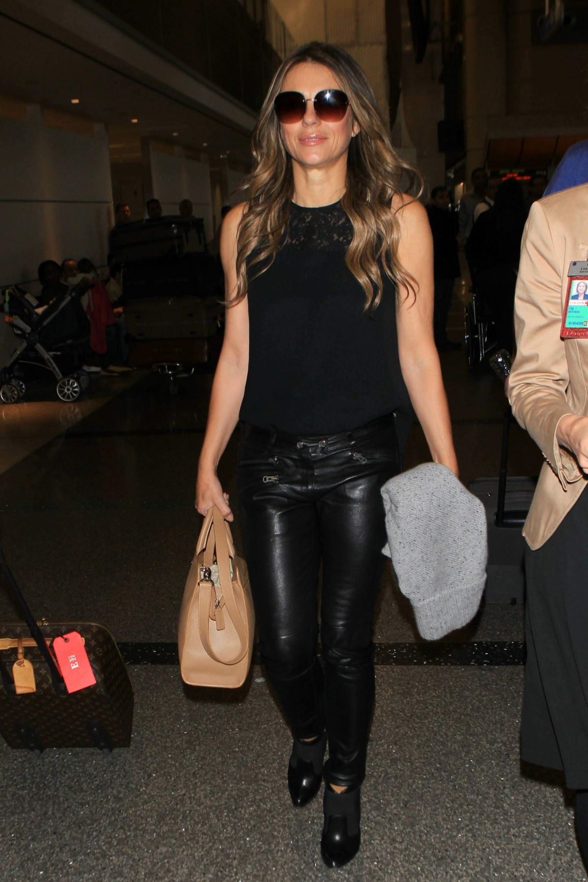 ELIZABETH HURLEY at Los Angeles International Airport 11/17/2015