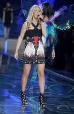 ELLIE GOULDING at Victoria's Secret 2015 Fashion Show in New York 11/10/2015