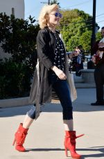 GWEN STEFANI Out and About in Los Angeles 11/29/2015