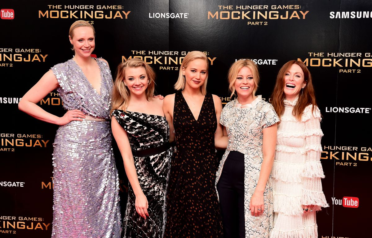 Demi Lovato Confident Album Cover >> GWENDOLINE CHRISTIE at The Hunger Games: Mockingjay, Part Premiere in London 11/05/2015 - HawtCelebs