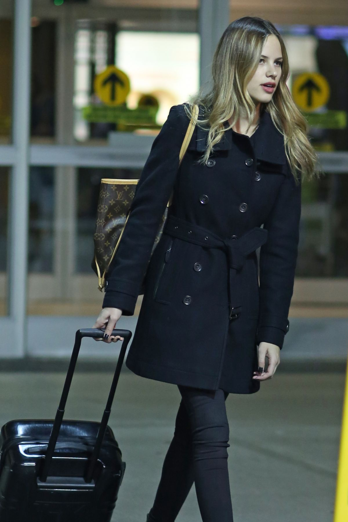 HALTON SAGE at An Airport in Vancouver 11/09/2015