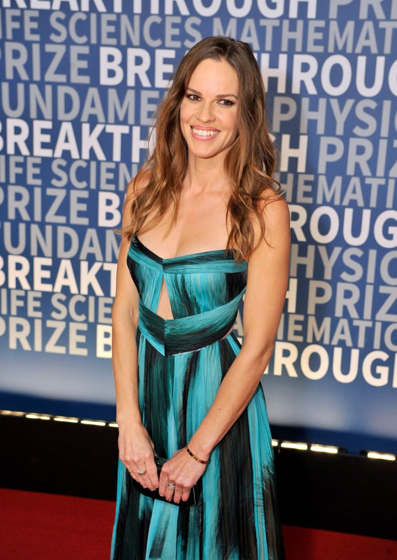 HILARY SWANK at 2016 Breakthrough Prize Ceremony in Mountain View 11/08/2015