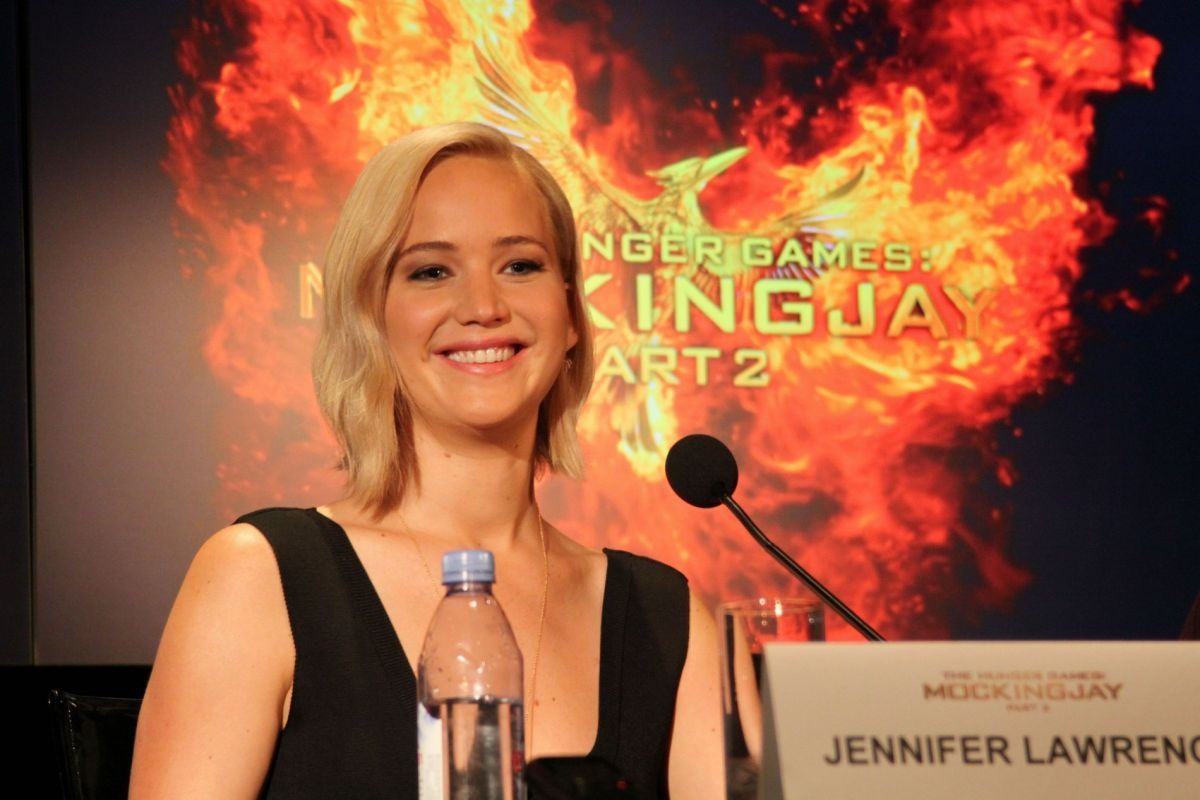mockingjay essay This study guide mockingjay by award-winning novelist and screenwriter suzanne collins please click on the literary analysis category you wish to be displayed.