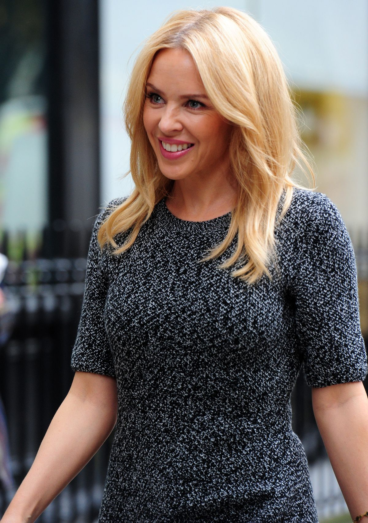 Kylie Minogue Gives Superfan Pricelesssurprises As She: KYLIE MINOGUE Out And About In London 10/30/2015