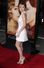 JENNETTE MCCURDY at The Danish Girl Premiere in Westwood 11/21/2015