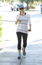 JENNIFER GARNER Out for Coffee in Los Angeles 11/25/2015
