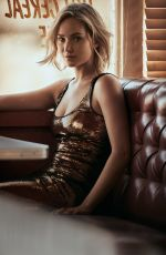 JENNIFER LAWRENCE in Vogue Magazine, December 2015 Issue