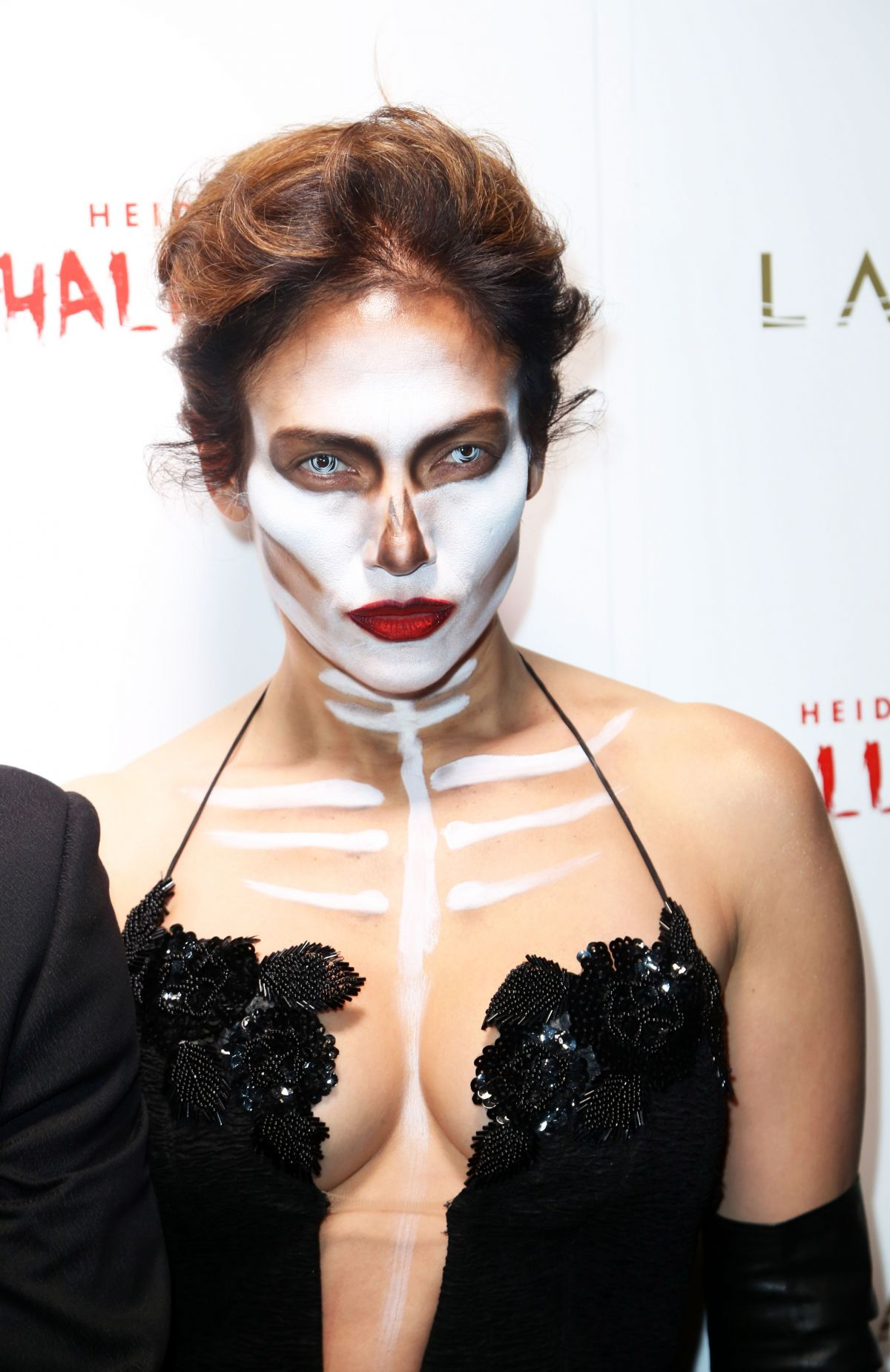 JENNIFER LOPEZ at Heidi Klum Halloween Party in New York 10/31 ...